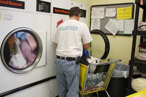 Laundry volunteer