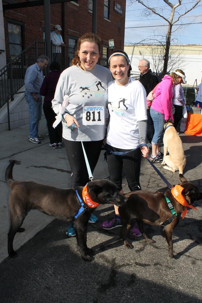 Running buddies 2015 Dog Jog [3c]